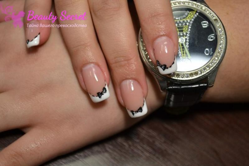 Декоративный френч фото на своих ногтях